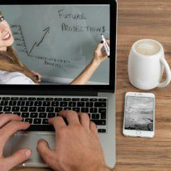Formation gratuite en ligne : Les 10 avantages de choisir d'étudier en ligne