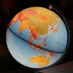 Apprendre la géographie à l'enfant de façon ludique