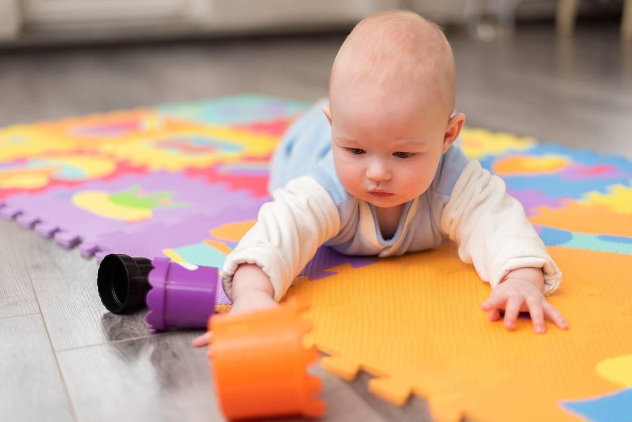 tapis de motricité matériel mobilier petite enfance