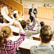 Suivre des cours préparatoires pour entrer dans des universités